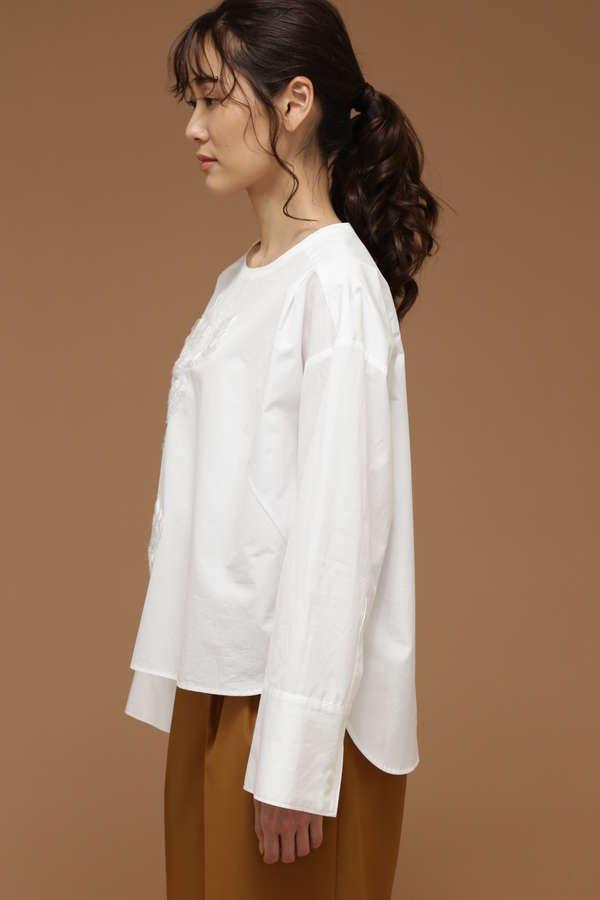 DIRECTOIRE エンブロイダリークルーネックシャツ