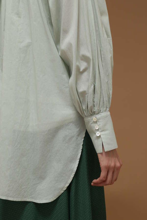 フォーサイドステッチ刺繍ブラウス
