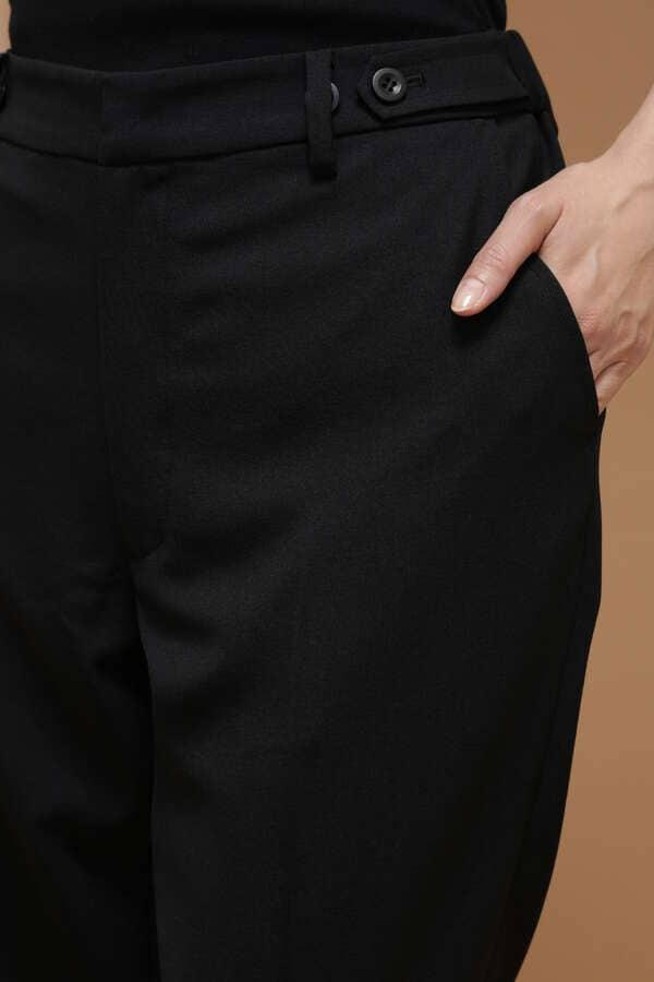 【MORE 3月号掲載】Luxluft ストレッチサージパンツ