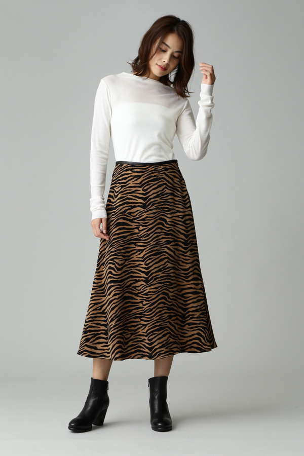 アニマル柄フレアスカート