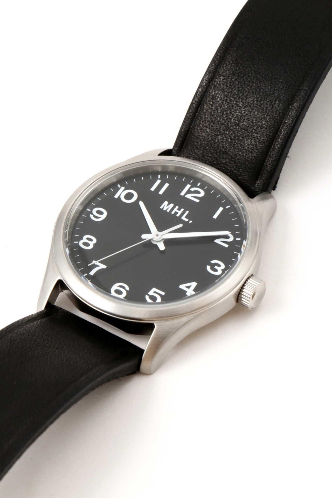LEATHER STRAP WATCH3
