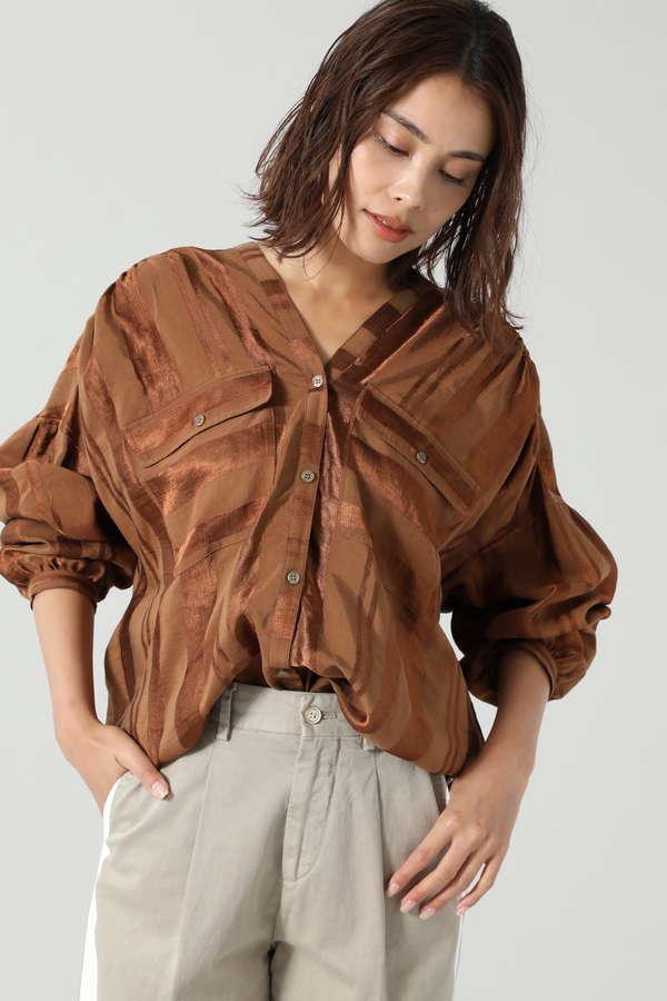ジャカード2ポケットダブルVネックシャツ