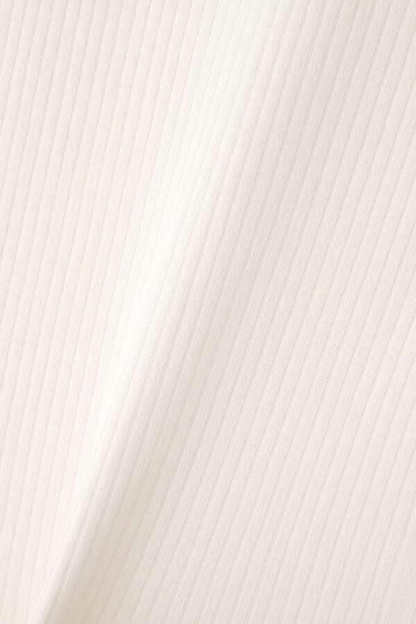デコルテオープンリブニット