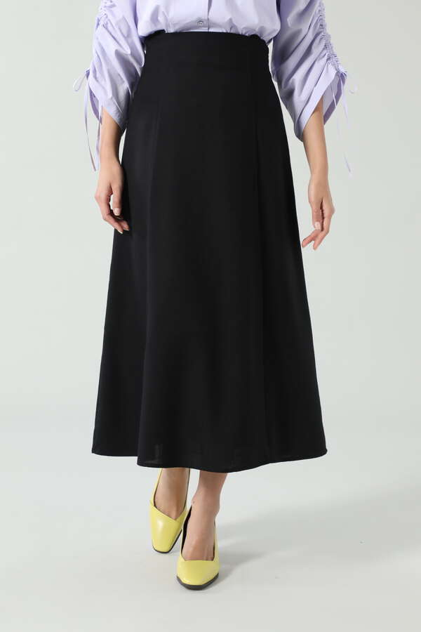 サスペンダー付ハイウエストスカート