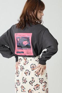 【先行予約 10月下旬-11月上旬入荷予定】バックプリントロングTシャツ