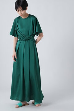 【先行予約 7月下旬-8月上旬入荷予定】タックドレープドレス