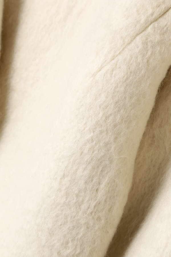ダブルボタンミドル丈コート