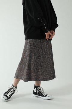 小柄プリントスカート