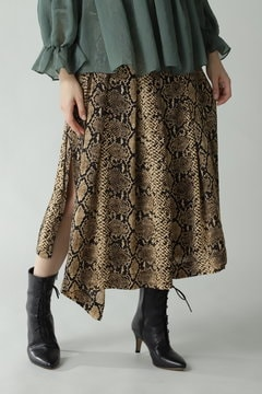 スネークラップスカート