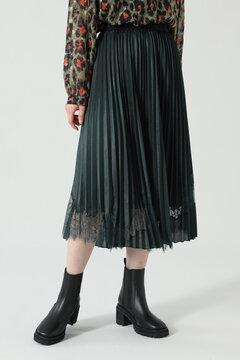 レース×プリーツスカート