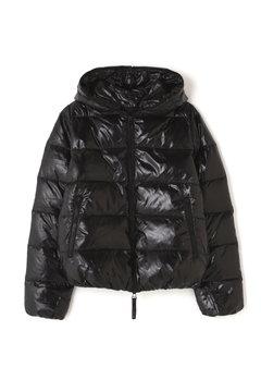ブラックボリュームジャケット