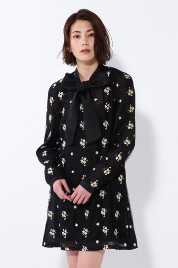【WEB限定】SISTER JANE ボウタイ刺繍ワンピース
