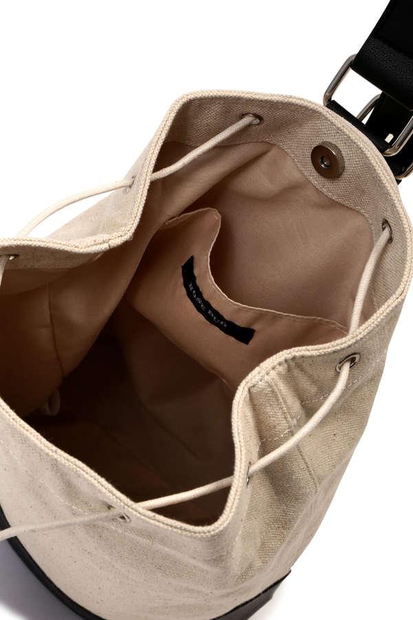 異素材ショルダーバッグ