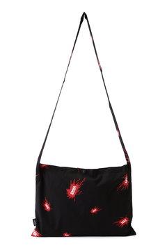 スプラッシュロゴプリントサコッシュバッグ