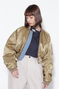 リバーシブルボンバージャケット