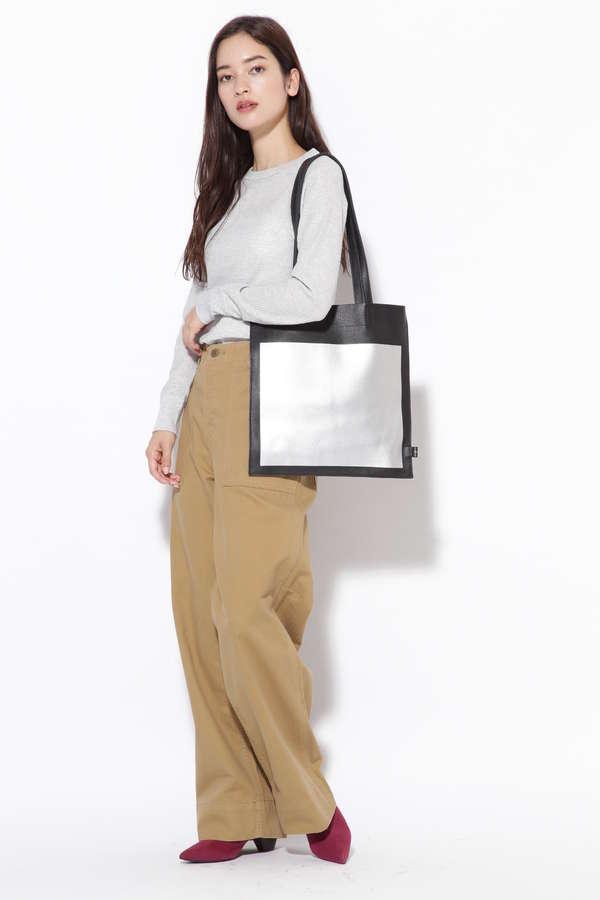 薄型レザートートバッグ