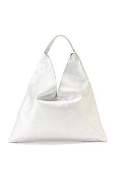 シルバーレザーバッグ
