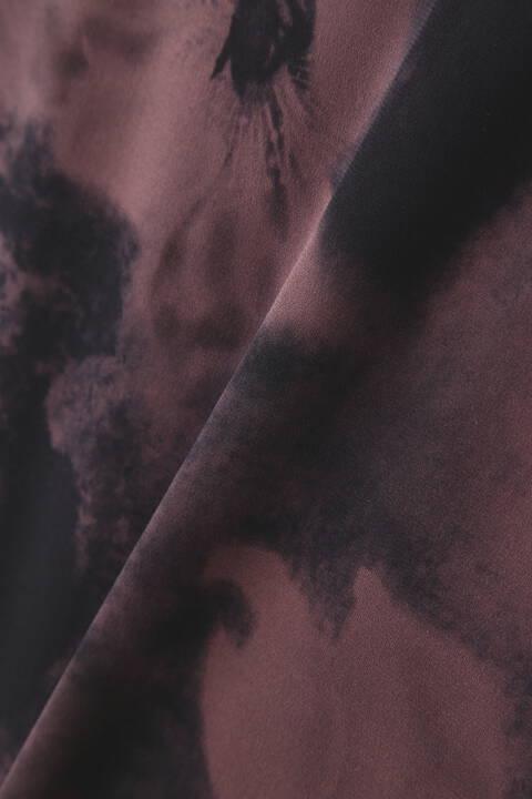 TORNADO MART∴ブリードフラワー転写長袖カットソー