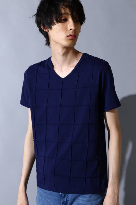 BLUE TORNADO∴ピンタック半袖VネックTee