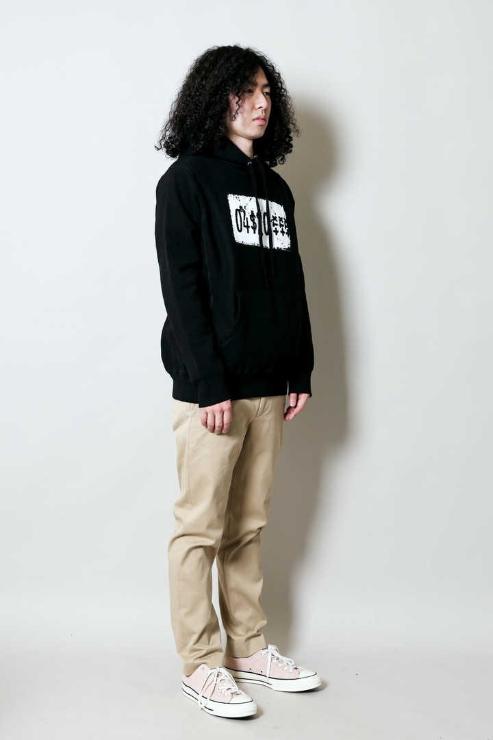 PRICE TAG PULLOVER HOOD