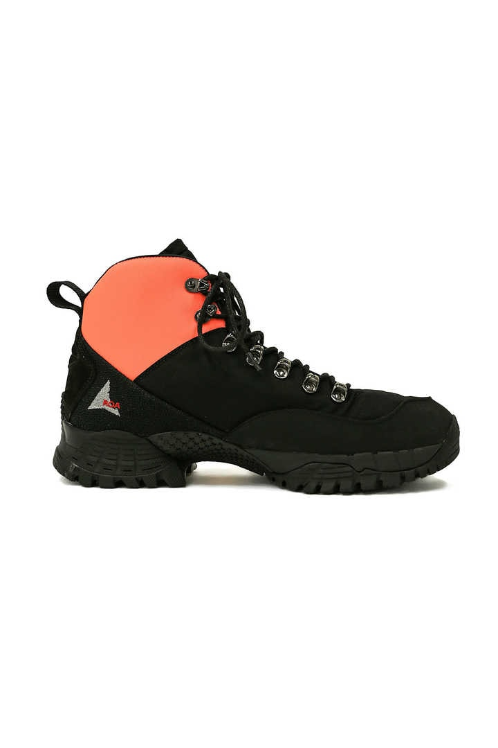 LACE UP HIKING BOOT