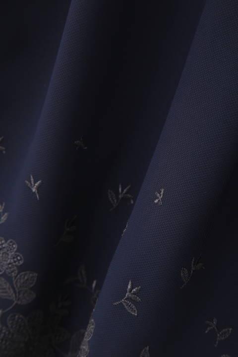 スカラ刺繍ワンピース