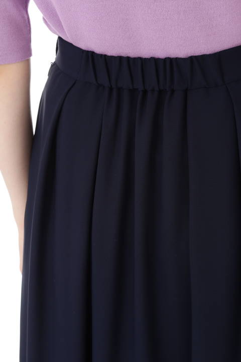 スカラ刺繍スカート