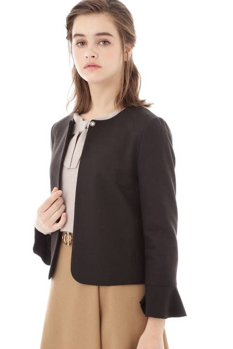 【先行予約 10月上旬 入荷予定】フレアー袖バランサショートジャケット