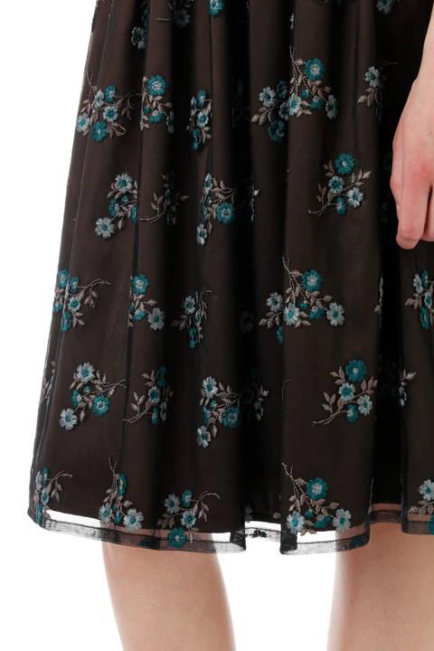 【先行予約 7月下旬入荷予定】チュールカラー刺繍スカート