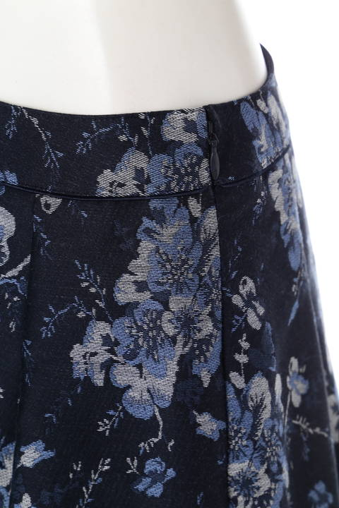 ブーケ柄ジャガードスカート