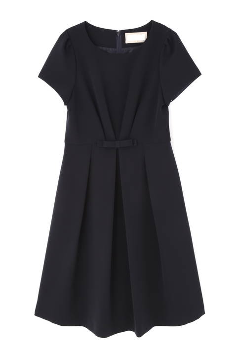 ストレッチ合繊タックドレス《Ravishing Collection》